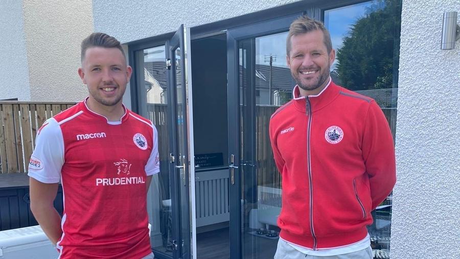 Scott Roberts joins Stirling